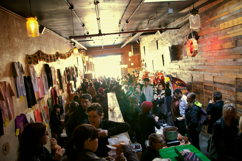 Merry craftsmas! The Brokelyn guide to holiday craft markets